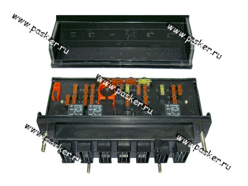 Блок предохранителей предназначен для защиты электрических цепей от токовых перегрузок и токов короткого замыкания.